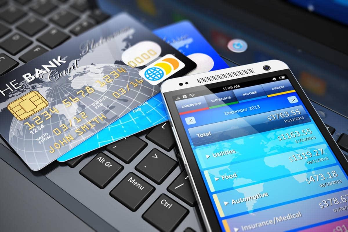 Escolha um banco para abrir conta bancária antes de ir para o exterior