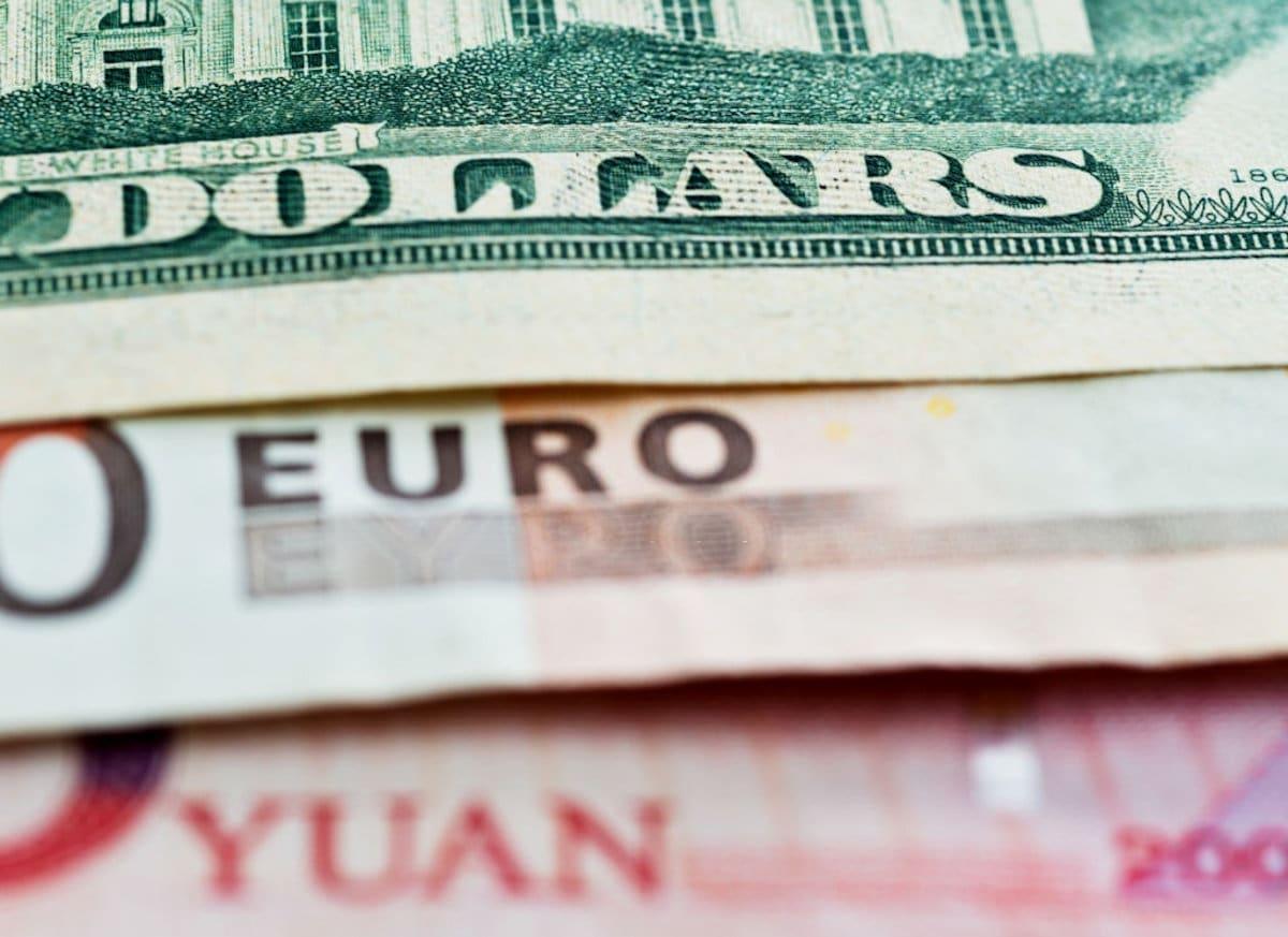 Por que os países precisam atrela moeda ao dólar