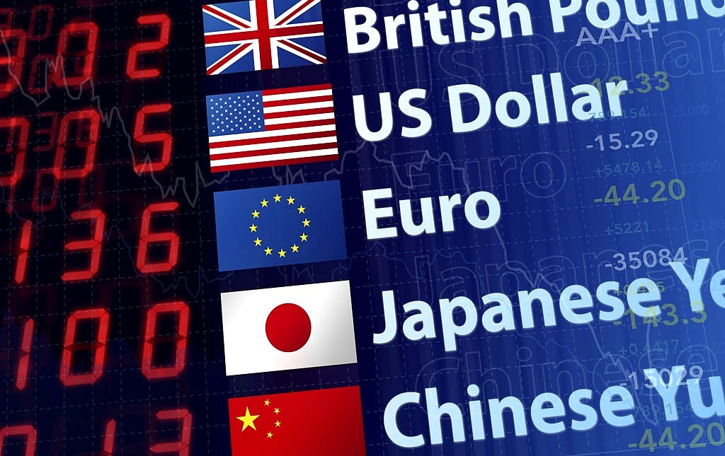 Quanto vale o dólar nas 5 principais moedas mundiais