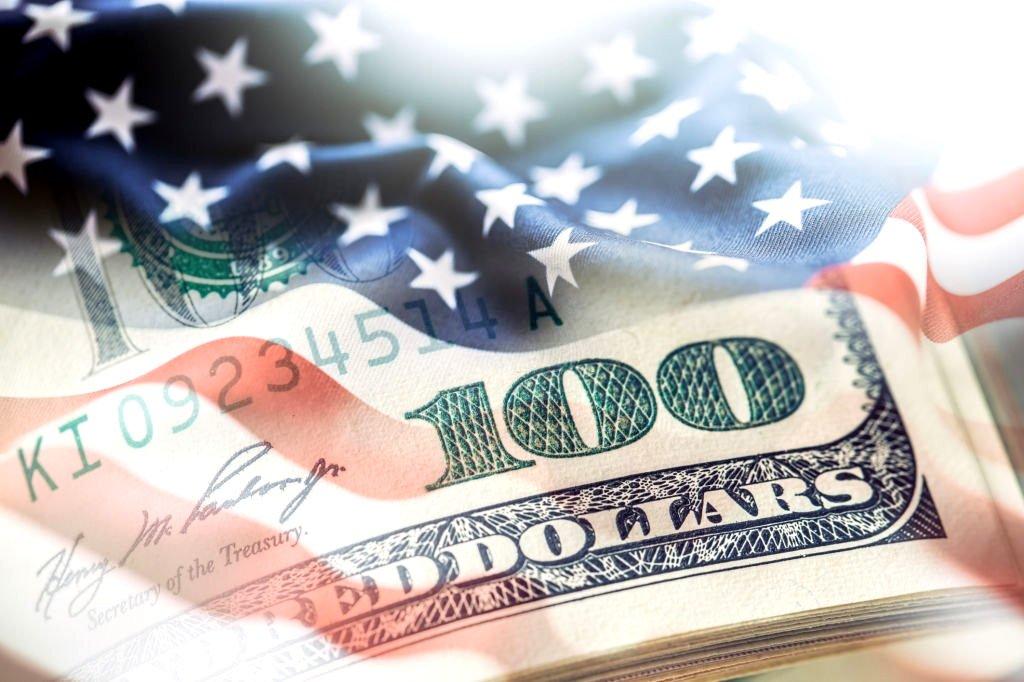 O poder do dólar sobre o comércio e mercado financeiro