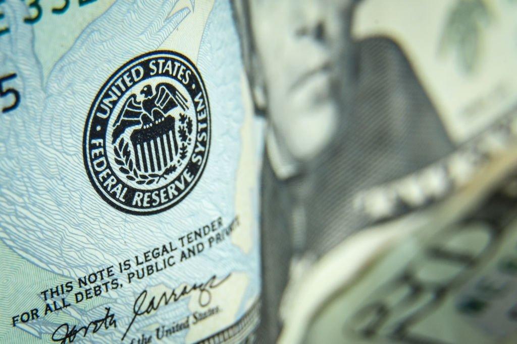 O Fed pode aumentar as taxas - o que acontece com o dólar